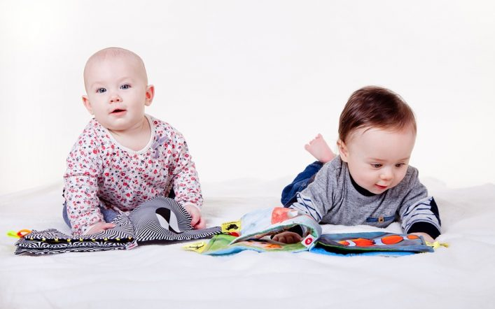 Quels sont les conseils pour bien choisir les jouets du bébé?